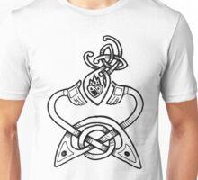 Claddagh Design - B&W Unisex T-Shirt