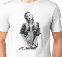 Sky Ferreira (Simple) Unisex T-Shirt