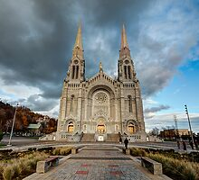 Basilica of Sainte-Anne-de-Beaupré, Quebec by jezza323