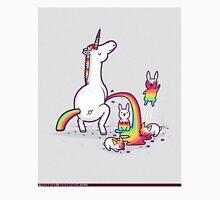 unicorn peeing on bunny Unisex T-Shirt