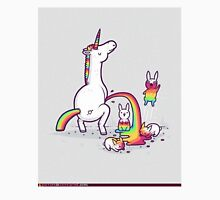 unicorn peeing on bunny T-Shirt