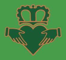 claddagh  ireland  irish crown by huggymauve