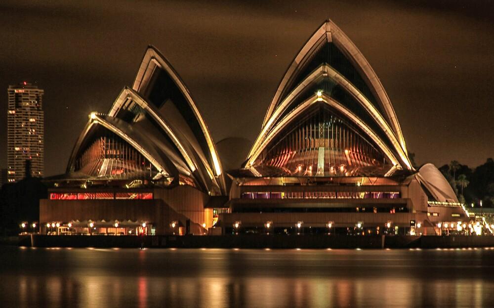 Sydney Opera House by Mark Bilham