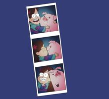 Mable and Waddles Photobooth T-Shirt