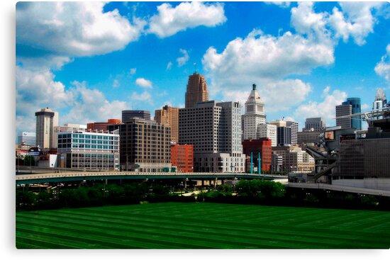 Cincinnati Skyline 7 by Phil Campus