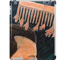 To comb social reactions iPad Case/Skin