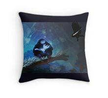 Ori and the Blind forest Throw Pillow