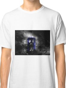 The Doctor and his blue box Classic T-Shirt