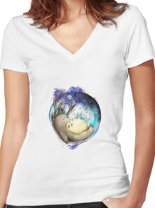 totoro sleeping Women's Fitted V-Neck T-Shirt