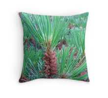 winter bushes Throw Pillow