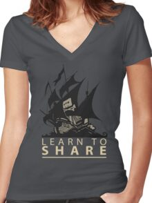 Learn To Share - The Pirate Bay Women's Fitted V-Neck T-Shirt