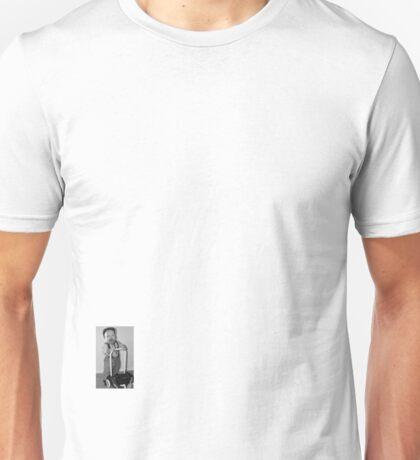 Teuvo Hakkarainen palveluksessanne. Minne saisi olla kyyti? Unisex T-Shirt