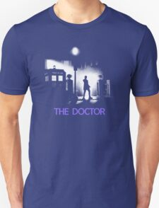 The 12th Doctor meets a new enemy. T-Shirt