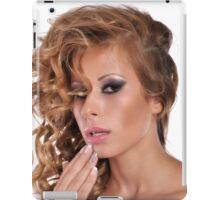 Stunning Beauty with amazing Make Up iPad Case/Skin