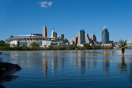 Cincinnati skyline 8 by Phil Campus
