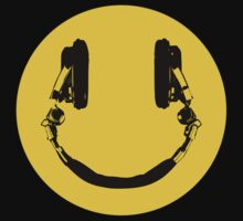 Smiley DJ by Thomas Jarry