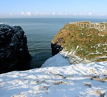 winter snow cliff walk by morrbyte