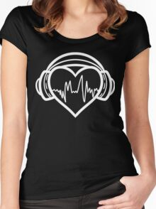 I love music. Women's Fitted Scoop T-Shirt
