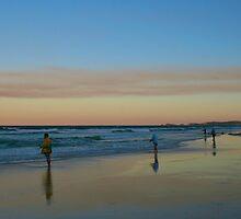 Fraser Island Fishing by Greta van der Rol