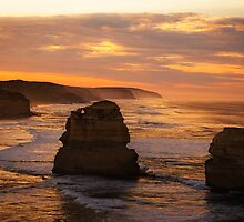 Dawn - Great Ocean Road by Ivan Kemp