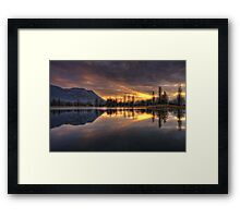 Et lux fit Framed Print