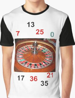 Roulette casino wheel chips and numbers Graphic T-Shirt