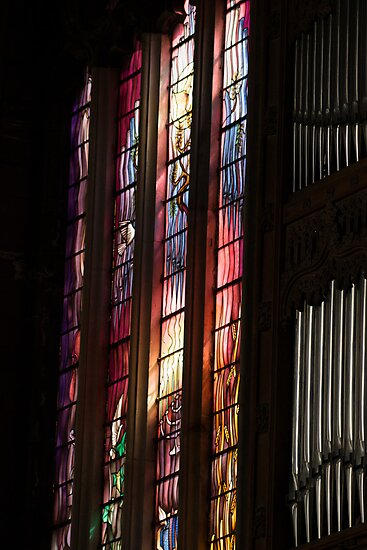 Stained Glass window in Paisley Abbet by Cliff Williams
