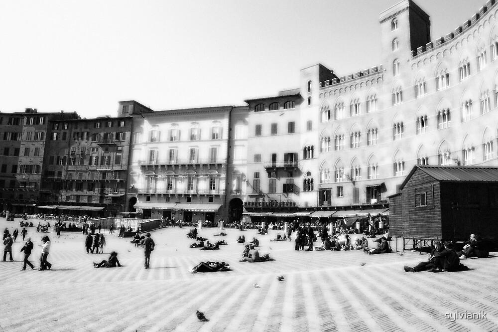Siena. Black and white  by sylvianik