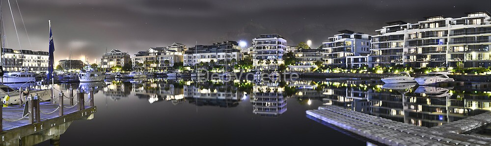 The Basin at V&A Waterfront (Night time) by DeoVolente (Dewahl Visser)