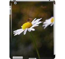 Insect gathering pollen iPad Case/Skin