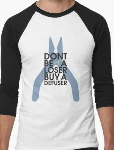 Counter strike Don't be a loser buy a defuser Men's Baseball ¾ T-Shirt