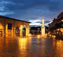 Piazza Malvezzi in Desenzano del Garda by kirilart