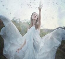 Avalanche by SarahAllegra