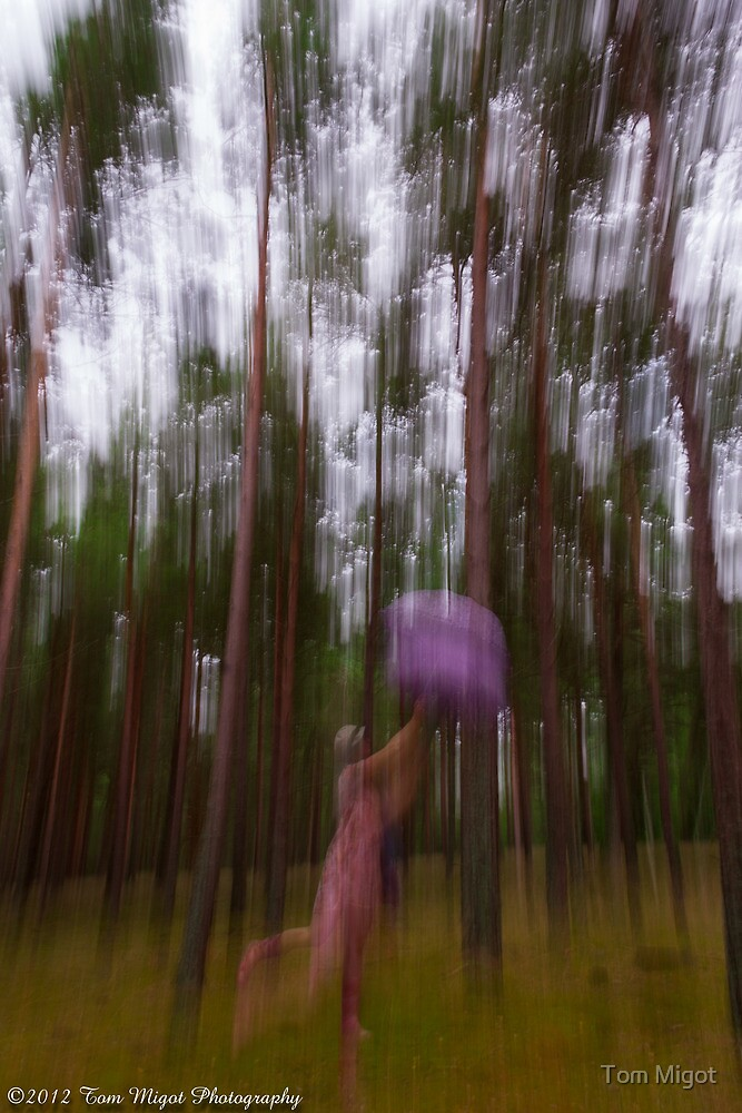 Dance with the trees by Tom Migot