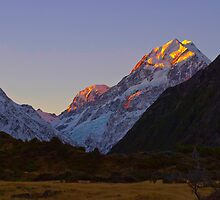 Aoraki Mt Cook New Zealand by Clive Roper