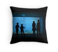 Underwater viewing Throw Pillow