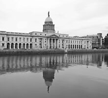 Dublin Custom House by Iain McGillivray