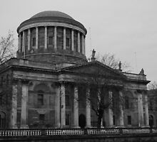 Four Courts by Iain McGillivray
