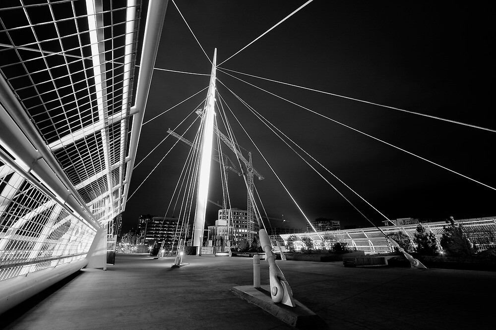 Millennium Bridge by Armando Martinez