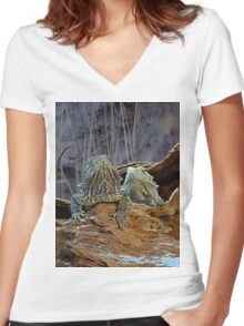Two curious lizards Women's Fitted V-Neck T-Shirt