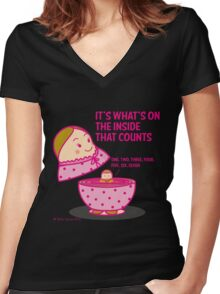 It's what's inside that counts 2 Women's Fitted V-Neck T-Shirt