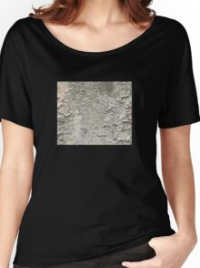 Cracked wall Women's Relaxed Fit T-Shirt