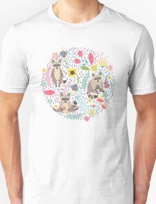 Raccoons bright pattern T-Shirt