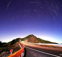 Star Trails by chiwang