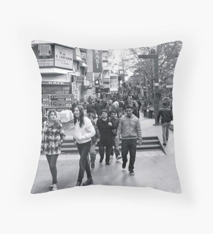 Mithatpaşa caddesi Throw Pillow