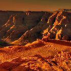 Sun setting on the Grand Canyon by Christina Brunton