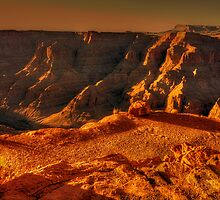 Sun setting on the Grand Canyon by Chris Brunton