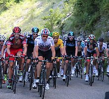Tour de France Peloton - Col du Grand Colombier 2012 by MelTho