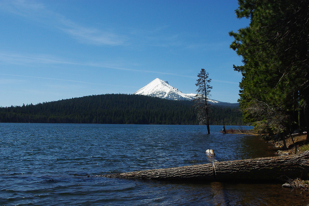 Lake of the Woods, Oregon by Claudio Del Luongo