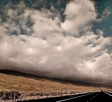 Big Island Cloud by Edward Perry